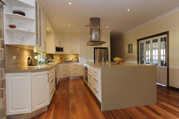 Custom Design Kitchens Sydney This Provincial Style Kitchen Has Been Built To Designer